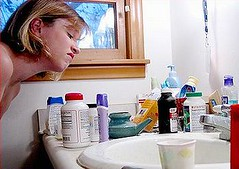 環境賀爾蒙出現在個人日常化妝保養品當中。(攝影:Aprille Clark)