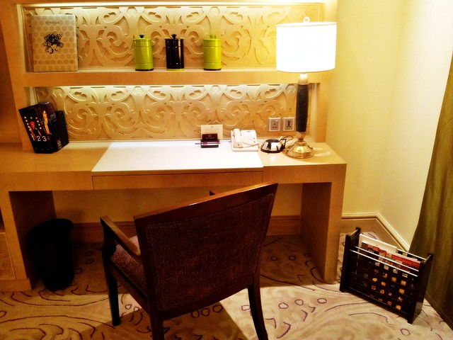 ITC Maratha Hotel 05 - Work Study Desk