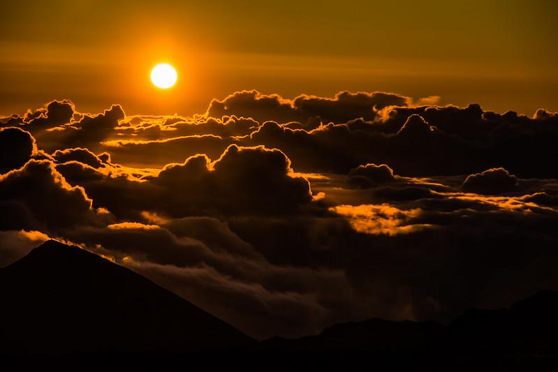 Haleakala Sunrise by ai2160, on Flickr