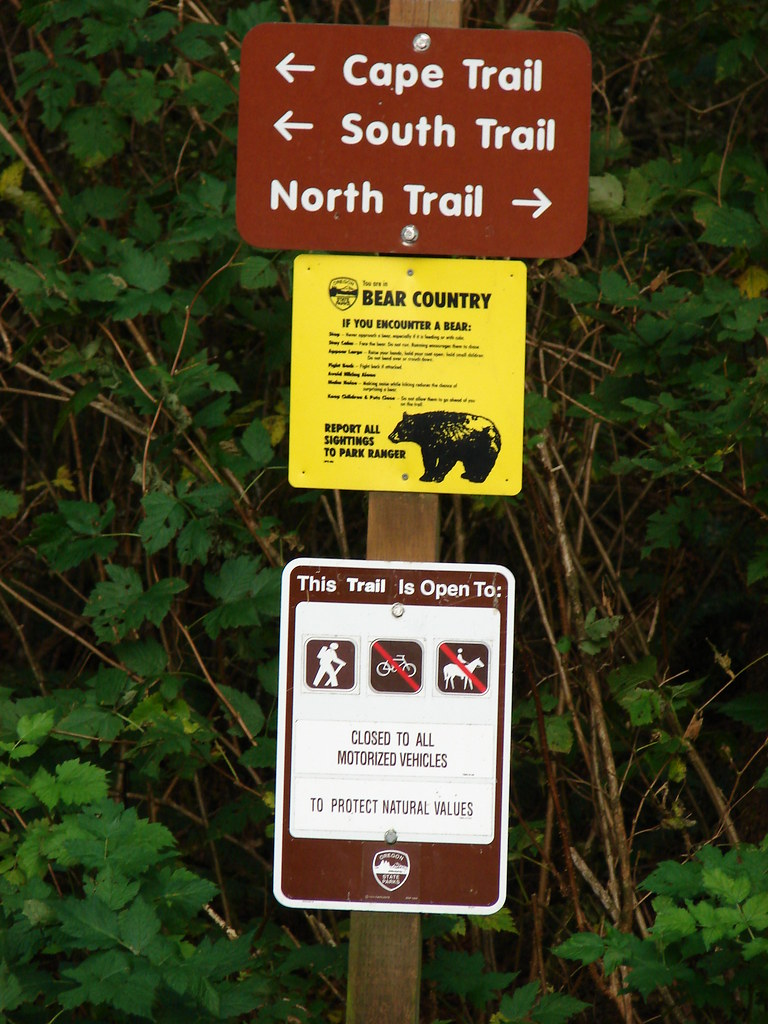 Trail sign in Cape Lookout State Park