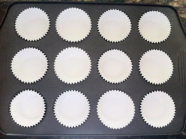 Muffin Liners in Muffin Tin