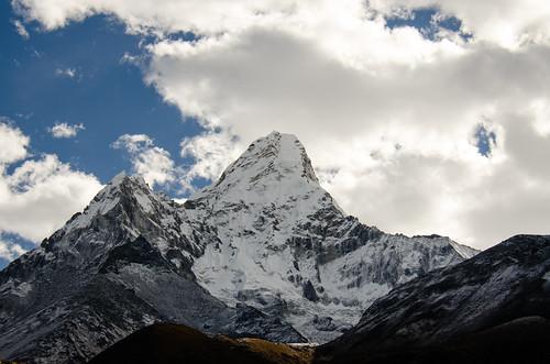 nepal mountain mountaineering amadablam