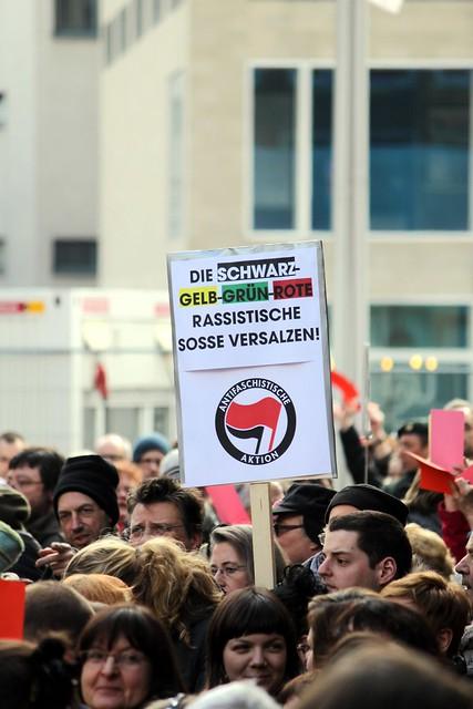 Kundgebung gegen rassistischen Ratsantrag
