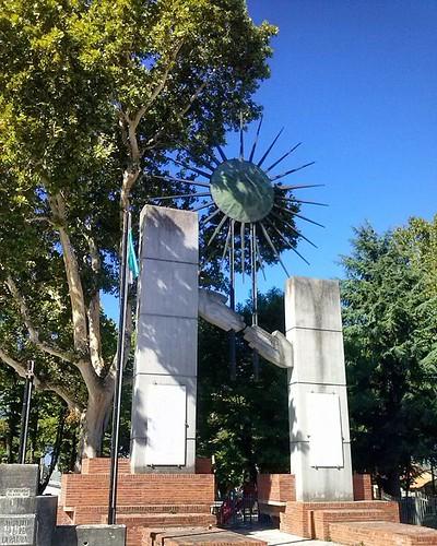 #piazza del paese #monumentale #monumento a tutti i caduti #Marsica