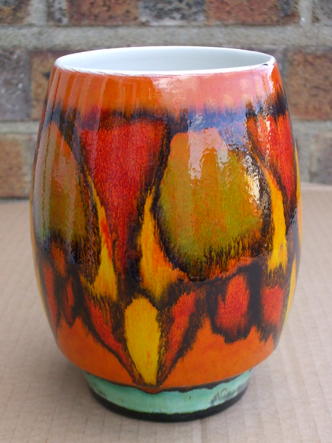 Poole pottery delphis vase abstract design 1970 39 s retro for Pool design 1970
