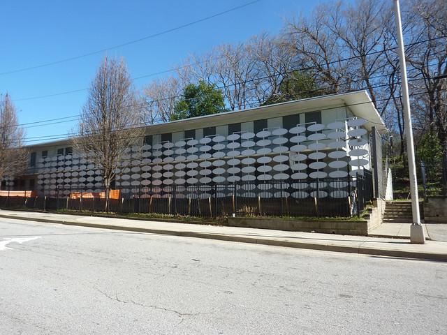 P1150870-2013-01-31--103-Fort-Street-Teardown-Modern-wall-with-ovals