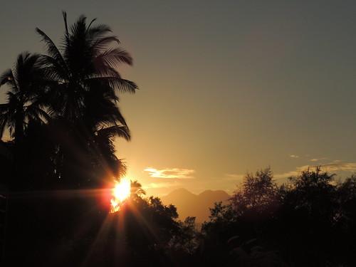 sky sun sunrise volcano nikon palm elsalvador chinchintepec