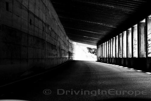 イタリアンアルプスでのトンネル