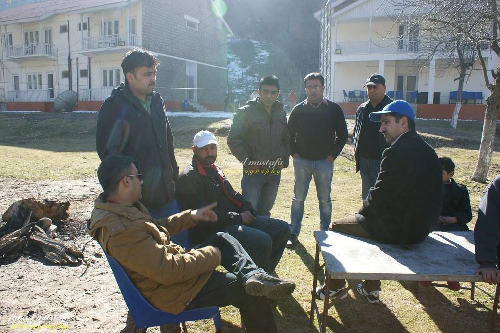 Muzaffarabad Jeep Club Neelum Snow Cross - 8468228515 0335d3041e b
