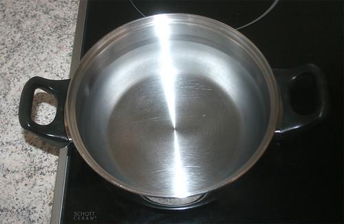 08 - Wasser aufsetzen / Heat up water