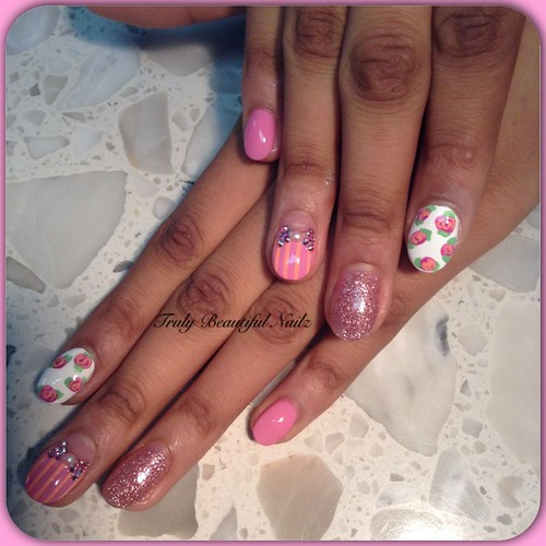 Easter Nail Designs: Glitter, Bows and Stripes