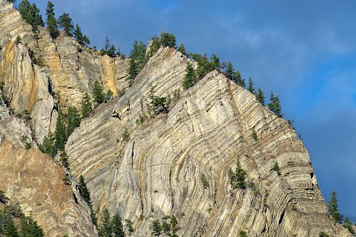 mountain canada tree rock landscape pentax britishcolumbia stripes chipmunk legend sasquatch hedley k20d smcpentaxda300mmf4edifsdm nigeldawson jasbond007 copyrightnigeldawson2012 snaza'ist