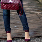 burgundy heel outfit
