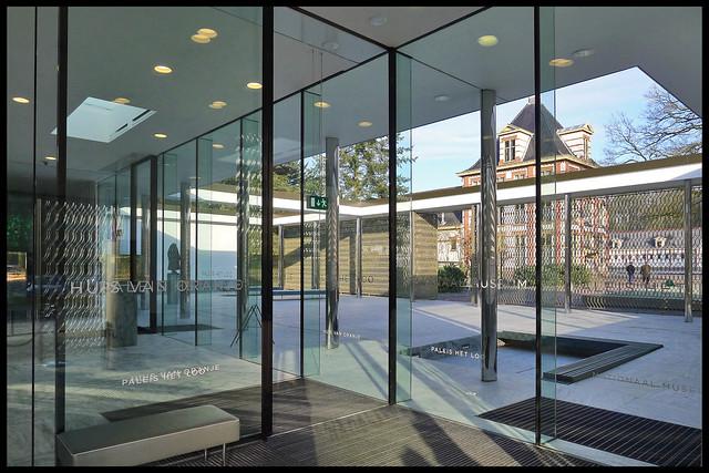 apeldoorn entreegebouw paleis t loo 06 2011 v velsen k (amersfoortsewg)