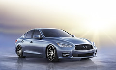 infiniti qx70(0.0), sports car(0.0), automobile(1.0), automotive exterior(1.0), executive car(1.0), wheel(1.0), vehicle(1.0), performance car(1.0), automotive design(1.0), mid-size car(1.0), sedan(1.0), infiniti(1.0), land vehicle(1.0), luxury vehicle(1.0),