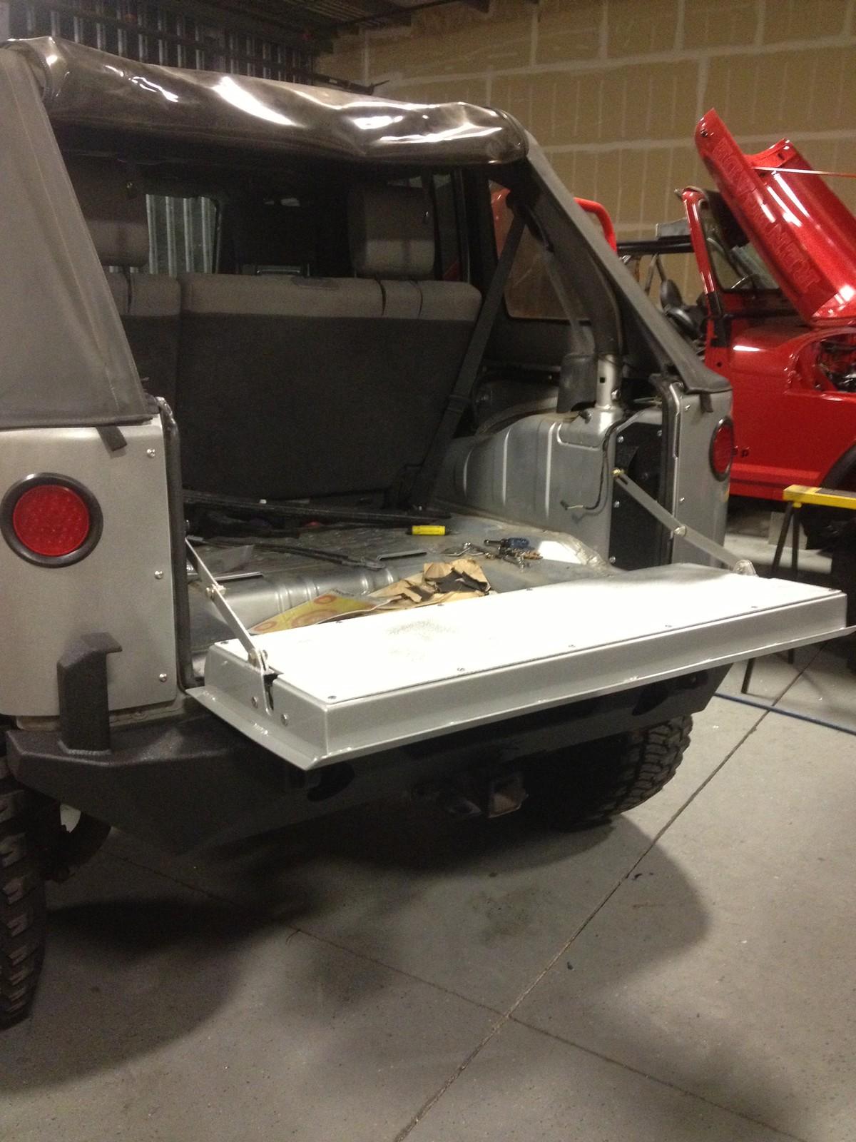 Aluminum Jeep Jk Drop Tailgate Jk Forum Com The Top