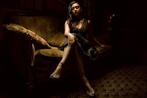 [フリー画像素材] 人物, 女性, ワンピース・ドレス, 女性 - 座る ID:201302021800