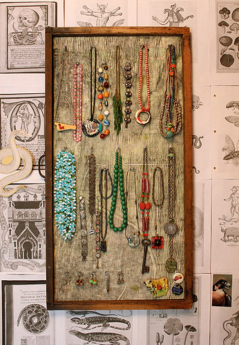 type tray jewellery storage