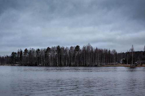 autumn cloud house lake tree water finland grove rowboat birch jyväskylä canonef50mmf18ii palokkajärvi centralfinland 366project canon5dmarkiii jyväskyläsubregion