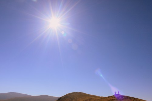 Shining-Sun-over-Mountain-Landscape__IMG_7468-580x386