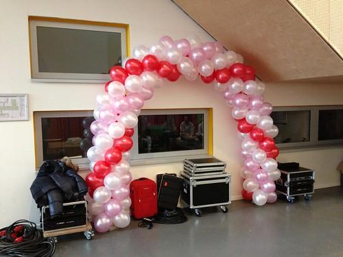 Ballonboog 6m Valentijnsdag Maerlant College Brielle