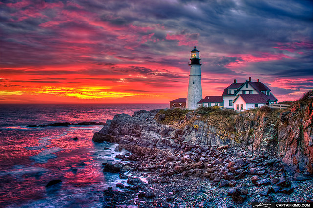 Portland-Head-Light-at-Sunrise-from-Fort-Williams-Park