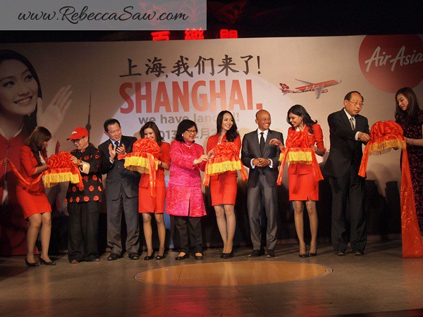 Air asia x - shanghai inaugural flight - shanghai-002