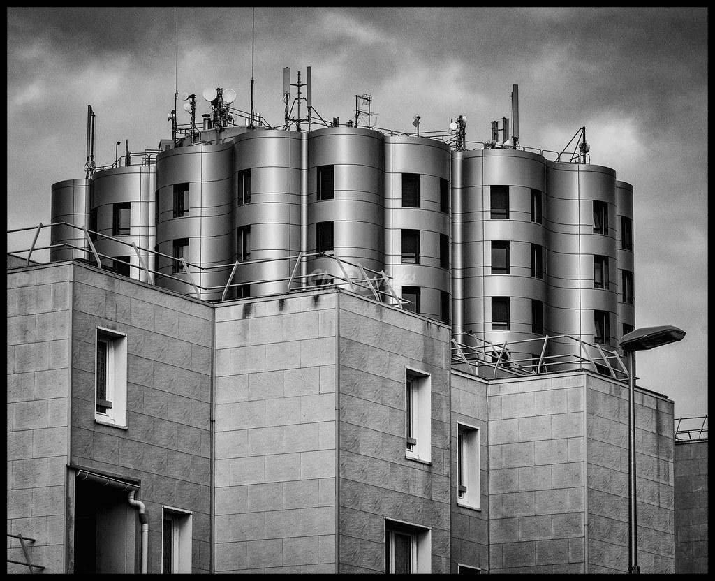 Future Architecture Contraste