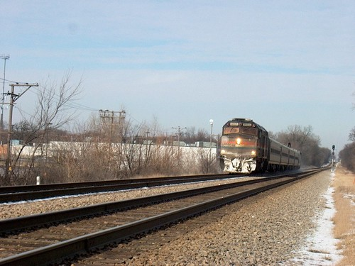 Southbound Amtrak Hiawatha approaching the Metra Forest Glen commuter depot.  Chicago Illinois.  January 2007. by Eddie from Chicago