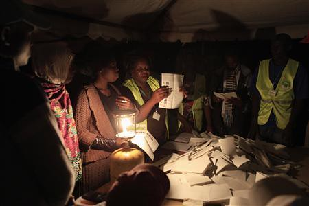 The Kenyan Electoral Commission is counting votes for the national poll. Uhuru Kenyatta has taken an early lead in the first round. by Pan-African News Wire File Photos