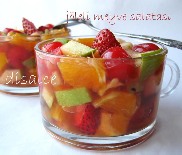 jöleli meyve salatası..