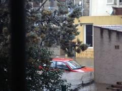 Voiture inondée dans le parking de nos voisins sur l'autre rive du Casavecchia
