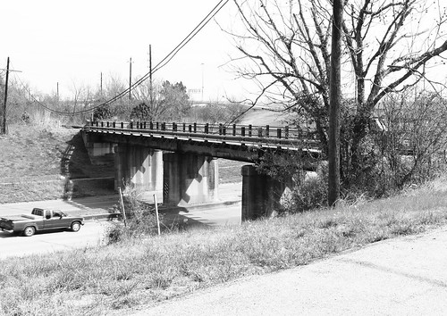 Kelley St under Railroad at Eastex Contraflow, Houston, Texas 1303061049BW
