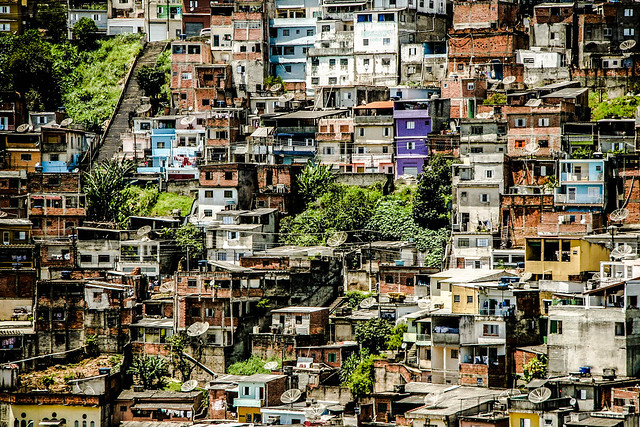 Aparador Thunder ~ Favela de Taipas (Vista Alegre), Zona Norte de S u00e3o Paulo Flickr Photo Sharing!