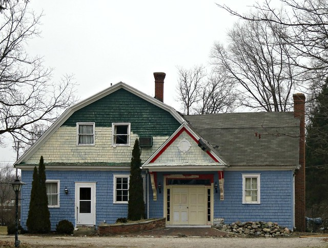 Fenton-Mi-half-painted-house