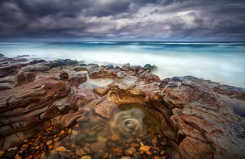 longexposure cloud rocks australia drama roughseas whirlpools leefilters southbarbeach