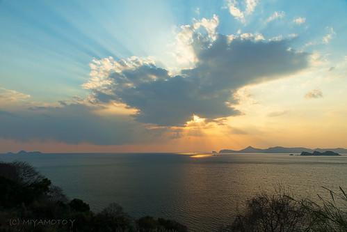 sunset sea cloud japan spring ray 2013