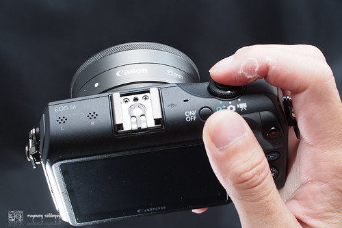 Canon_EOS_M_intro_16