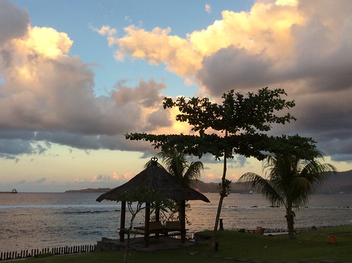 sunrise ipad sea waterfront tropical cloud sky light shadow