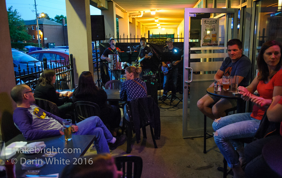 Heinz 57 and The Wailing Whippets at Strykerz 048