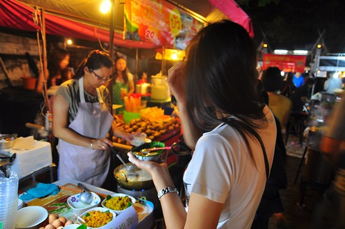 Sunday Walking Street --Chiang Mai