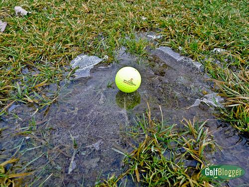 Dangers of Winter Golf-1010518