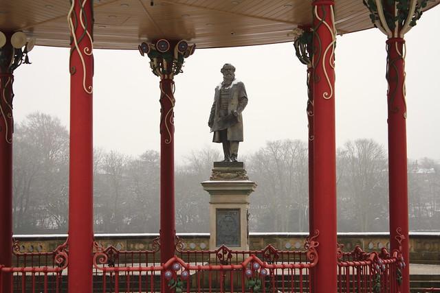 Sir Titus Salt through the band stand, Robert's Park