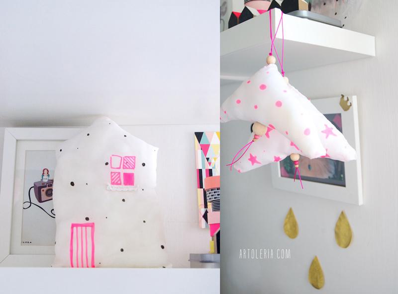 Cuscini decorativi a pallini e stelle