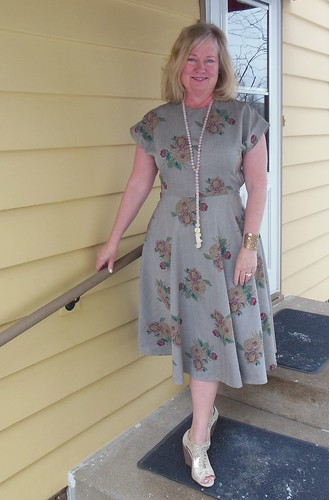 Vogue 8811 by becky b.'s sew & tell