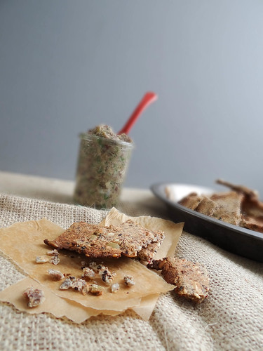 multi seeded crackers