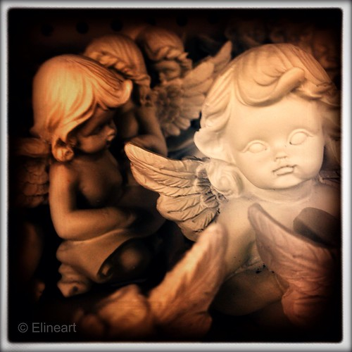 81:365 Cupids by elineart