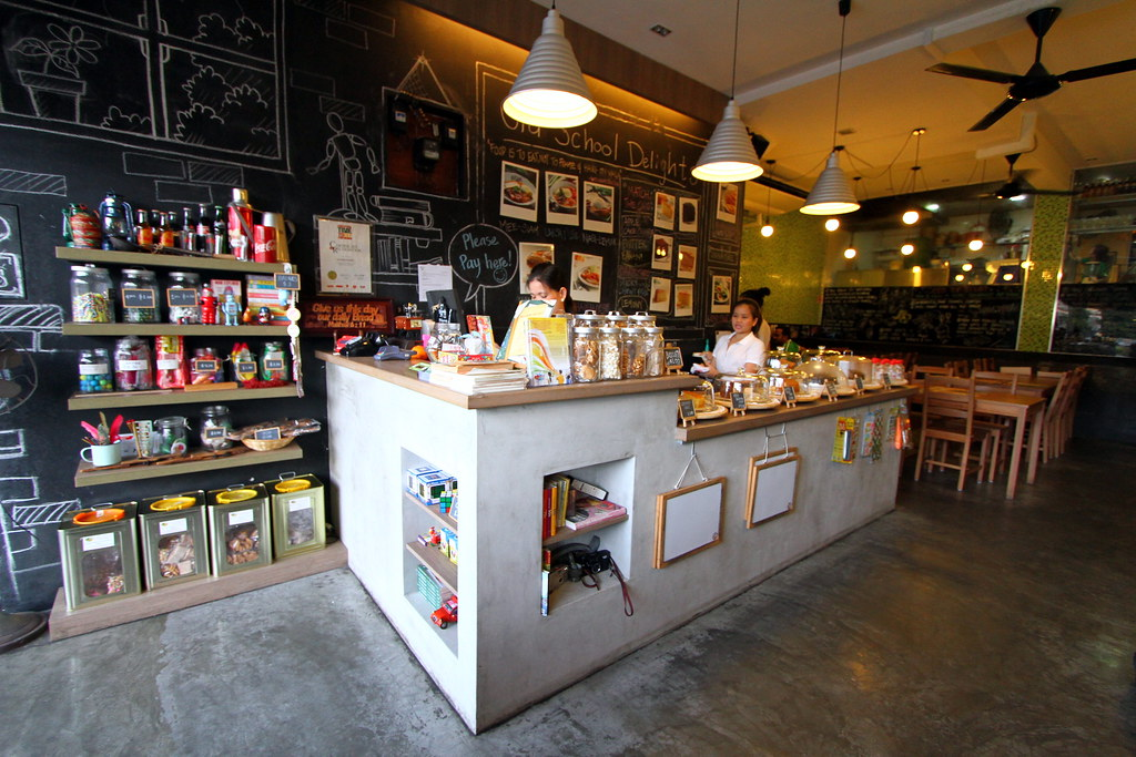 Ultimate Upper Thomson Food Guide: old school delight interior