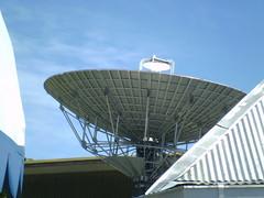 aviation(0.0), vehicle(0.0), wind(0.0), stadium(0.0), radio telescope(1.0), architecture(1.0),
