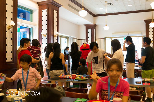 Sesame Street Character Breakfast at Universal Studios Singapore - Crowd and Queue